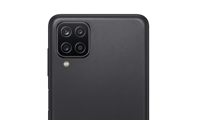 Điện thoại Samsung Galaxy A12 4GB/128GB Đen - Camera sau
