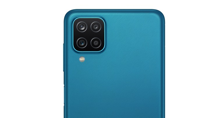 Điện thoại Samsung Galaxy A12 128GB Xanh - Camera sau