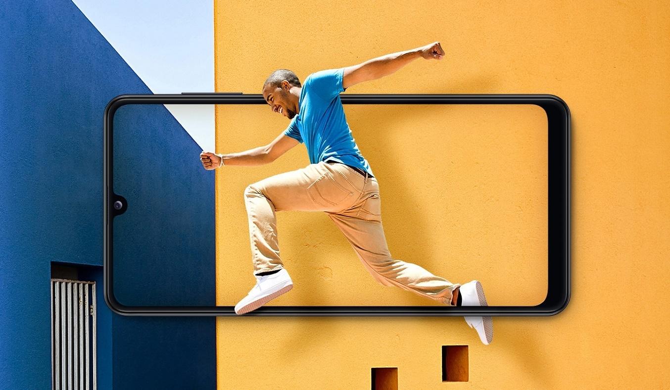 Điện thoại Samsung Galaxy A31 Đen màn hình tràn viền sống động