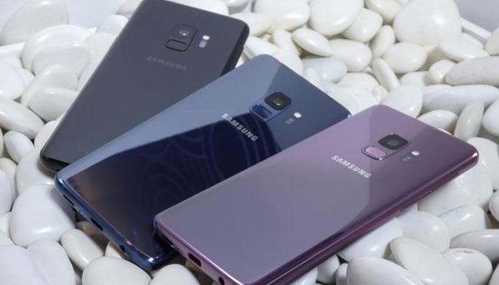 Tất cả những trang bị mới trên bộ đội Galaxy S9/S9+ đều gây hứng thú tìm hiểu, đặc biệt là 2 khẩu độ trên một camera