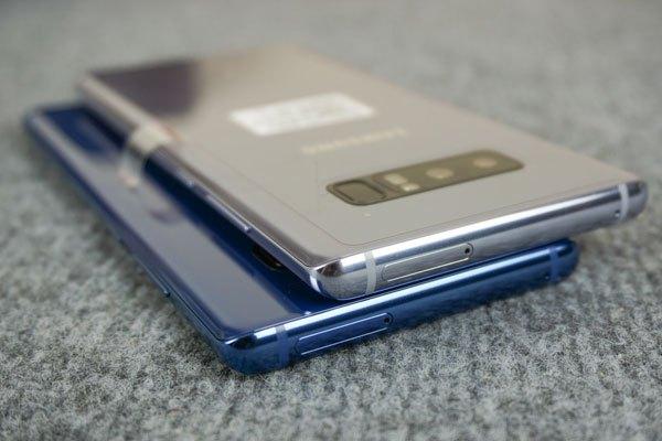 """Hiện tại, hai phiên bản Xanh Biển Sâu và Xám Phong Lan của Galaxy Note 8 vẫn chưa chính thức """"hạ cánh"""" xuống thị trường Việt Nam"""