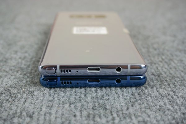 Khó có thể tìm được chiếc flagship cao cấp thứ 2 sở hữu những màu sắc độc đáo và nổi bật như của Galaxy Note 8.