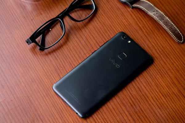 Còn chờ gì mà không sở hữu ngay chiếc điện thoại tầm trung tuyệt vời này đúng không nào?
