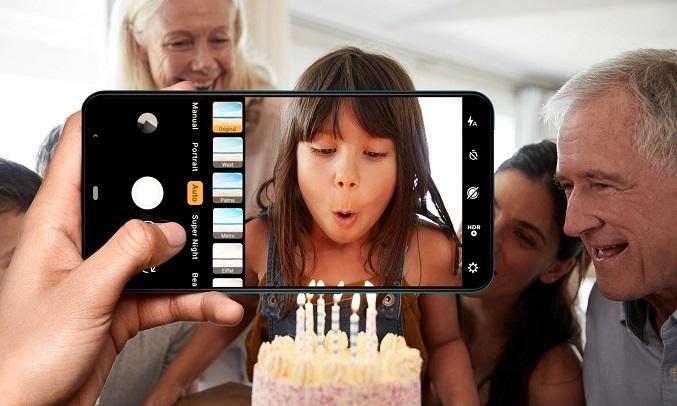 Điện thoại Vsmart Active 3 (4GB/64GB) Xanh Sapphire