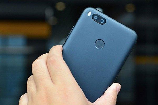 """Xuất hiện chiếc điện thoại giá tầm trung sở hữu camera kép """"đốn tim"""" giới trẻ Việt - Xiaomi Mi 5X"""