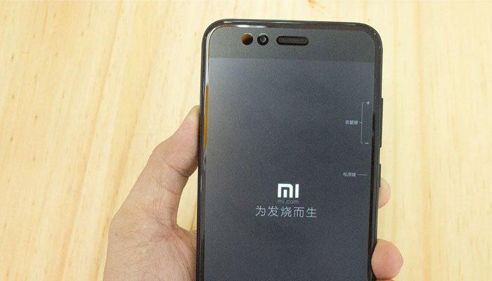 Camera trước Xiaomi Mi 5X có độ phân giải 5 MP