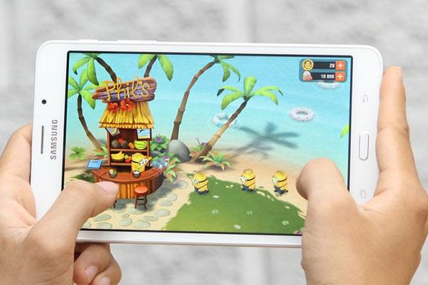 Tận hưởng những trò chơi thú vị trên màn hình sắc nét của tablet Galaxy Tab A