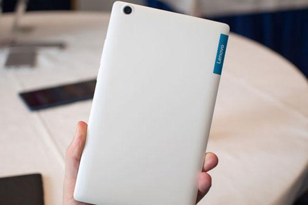 Thiết kế máy tính bảng Lenovo vừa tay cùng hiệu năng ổn định