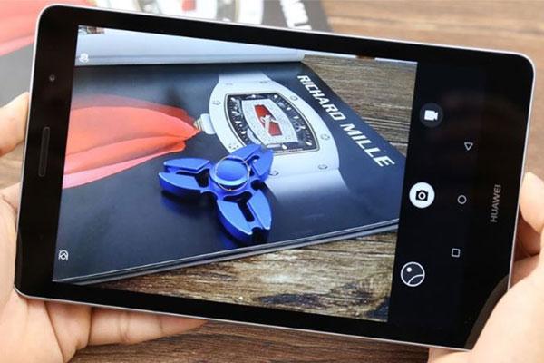 Giải trí ngày Tết được đáp ứng hoàn hảo với máy tính bảng Huawei