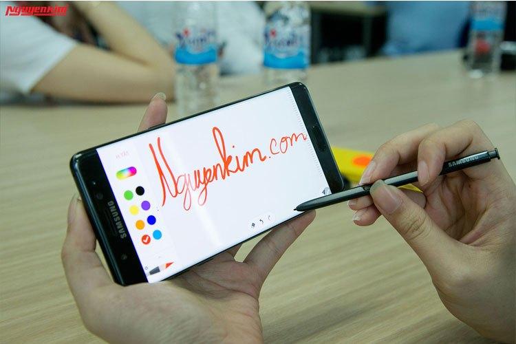 Điện thoại Samsung Galaxy Note 7 cải tiến bút S-Pen mỏng hơn