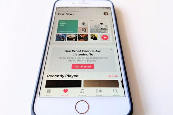Muốn nghe nhạc miễn phí thì cứ Apple Music thẳng tiến nhé!