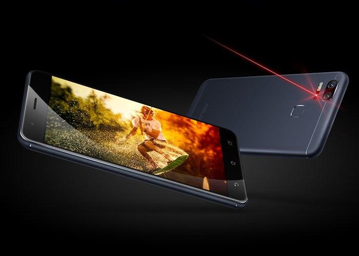 Thiết kế của chiếc điện thoại Zenfone 3 Zoom được nhận xét là khá giống với iPhone 7 Plus