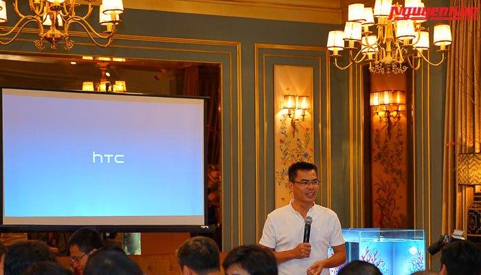 Ra mắt điện thoại HTC U11