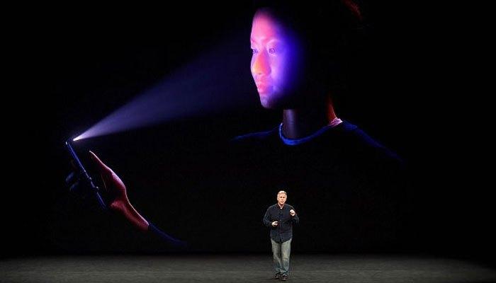 Mở khóa trong bóng tối cũng không thành vấn đề với FaceID trên iPhone X
