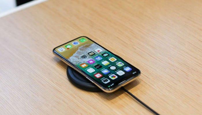 iPhone X trang bị con chip A11 Bionic