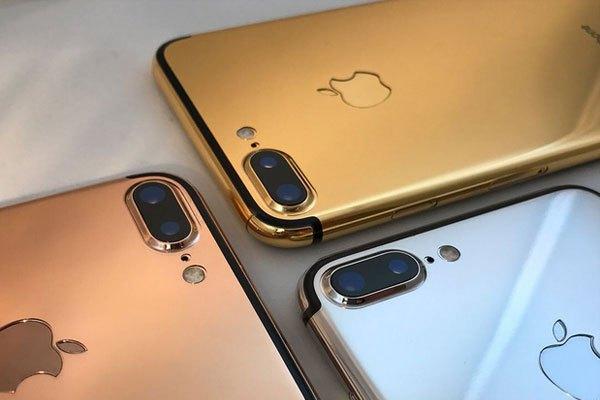 Chưa biết giá iPhone 8, nhưng năm trước, mẫu iPhone 7 Plus đượcGoldgenie mạ vàng có giá3258 USD