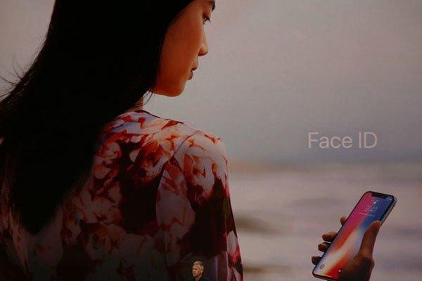 iPhone X có công nghệ FaceID