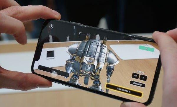 Với iPhone X, thời lượng sử dụng điện thoại của bạn sẽ được kéo dài hơn