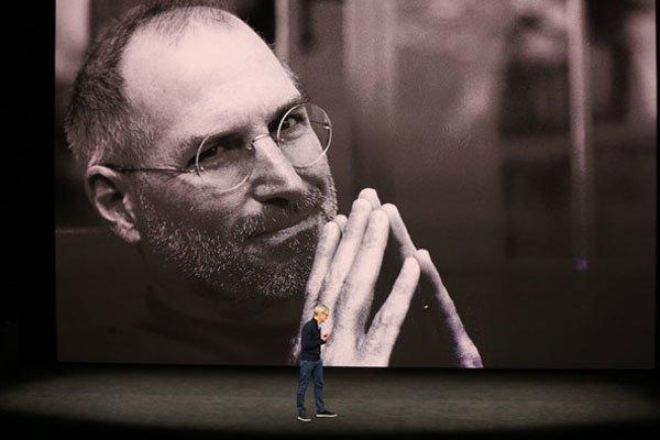 Tim Cook hồi tưởng về Steve Jobs