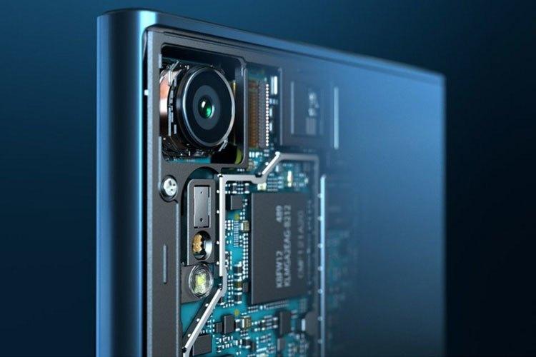 Điện thoại Sony Xperia XZ được tích hợp bộ ba cảm biến