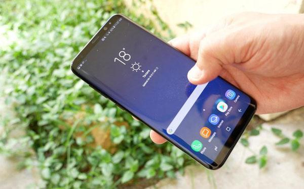 Nếu kịp trải nghiệm Galaxy S9 sẽ có cảm ứng in-cell