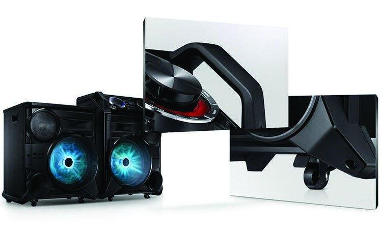 Thiết kế dàn âm thanh Samsung MX-HS8500/XV có quai kéo và bánh xe tạo thuận lợi để bạn mang đi