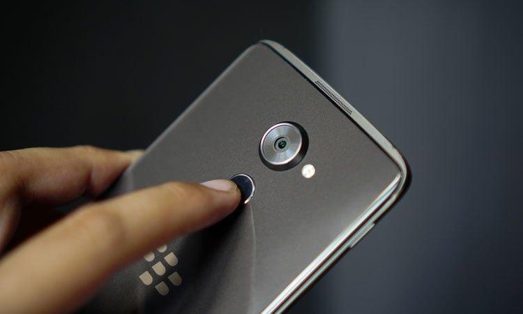 Điện thoại BlackBerry DTEK60 có độ bảo mật bật nhất