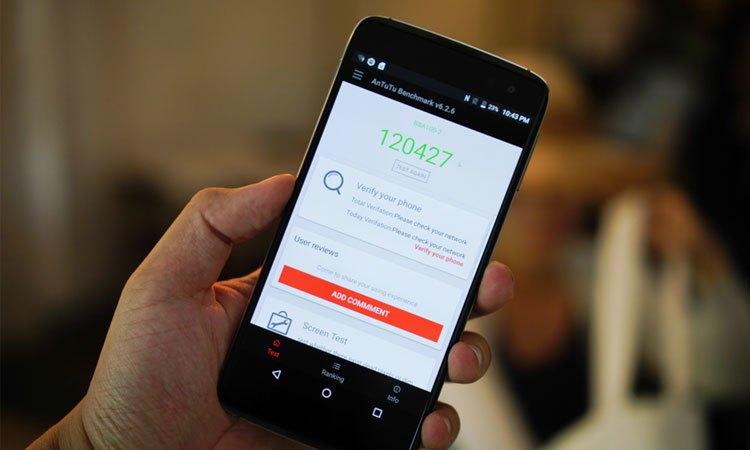 Điện thoại BlackBerry DTEK60 cải tiến phần mềm Android