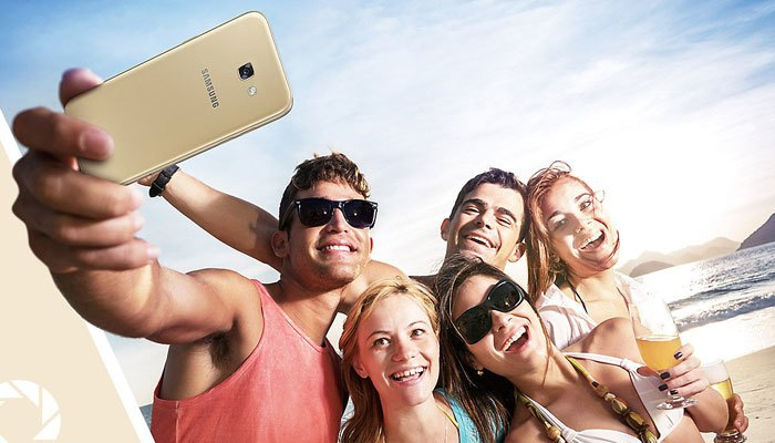 Điện thoại Samsung Galaxy A5 được bo tròn các cạnh mang đến sự mềm mại