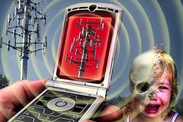 Sóng điện thoại ảnh hưởng trực tiếp đến sự phát triển của con trẻ