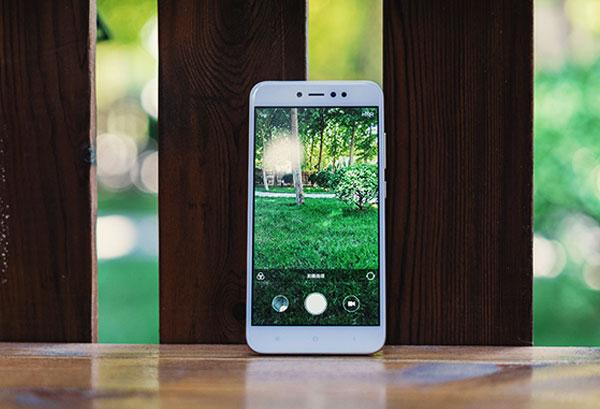 16 MP là con số khá lớn cho độ phân giải trên một chiếc  smartphone phổ thông như Note 5A Prime
