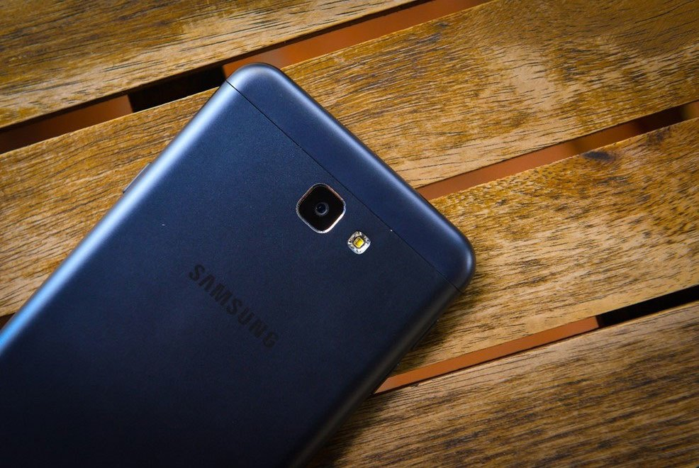 Điện thoại Galaxy J7 Prime đạt mốc ước mơ 45000 đặt hàng của OPPO chỉ với tuần đầu ra mắt