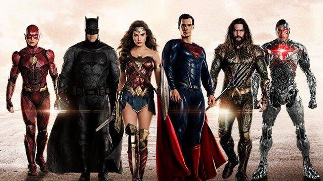 Hóa thân thành siêu anh hùng bằng Facebook trên điện thoại