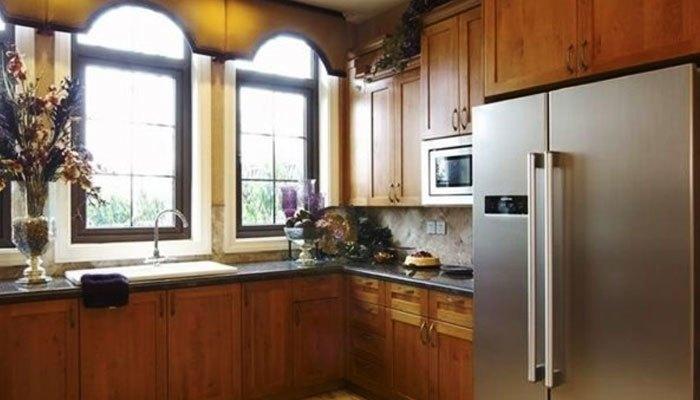 Đặt tủ lạnh quá gần với lửa chẳng khác nào cài bom nổ chậm trong nhà