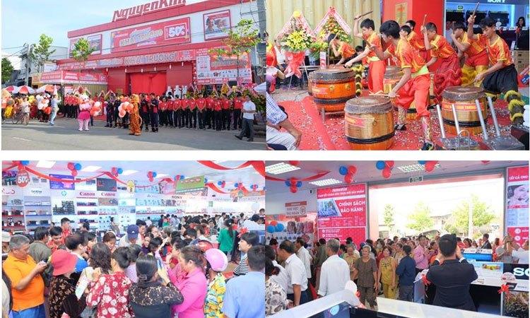 Trung tâm mua sắm Nguyễn Kim Vĩnh Long chào đón khai trương những màn biểu diển thú vị