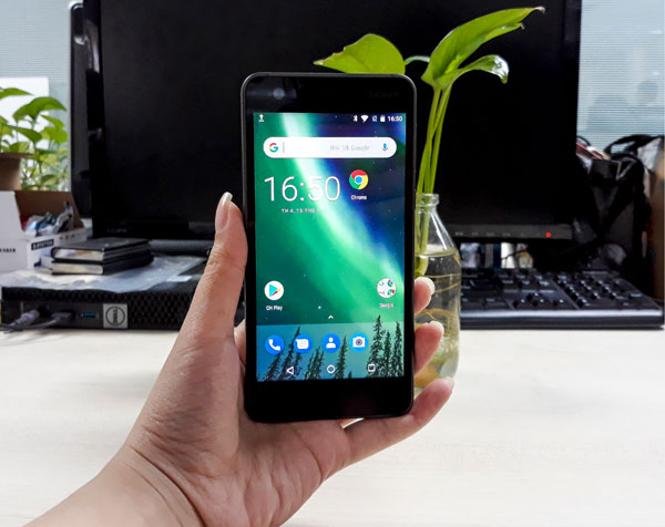 Thoạt nhìn bạn có tin đây chính là chiếc smartphone bình dân giá rẻ?