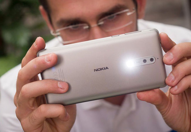 Nokia 9 sẽ có camera kép?