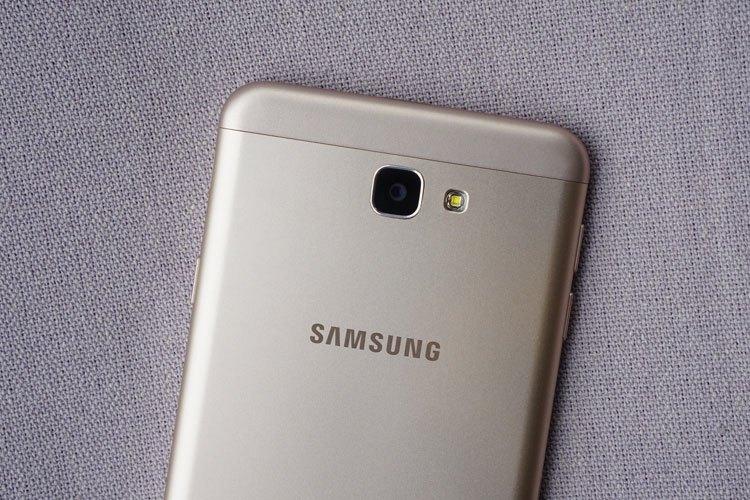 Điện thoại Samsung Galaxy J7 Prime nâng cao khả năng chụp ảnh