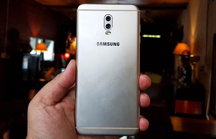 Ngoại hình Galaxy J7+ kế thừa từ dòng smartphone cao cấp tạo sự thu hút