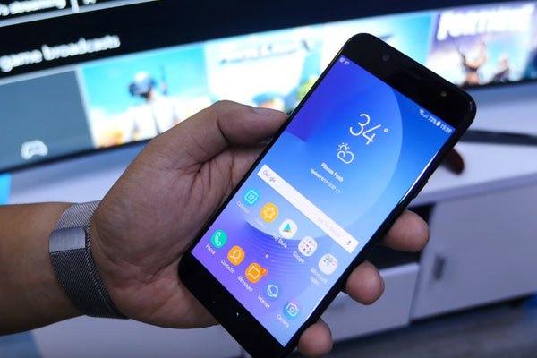 Galaxy J7 Plus trang bị nhiều tính năng của điện thoại cao cấp