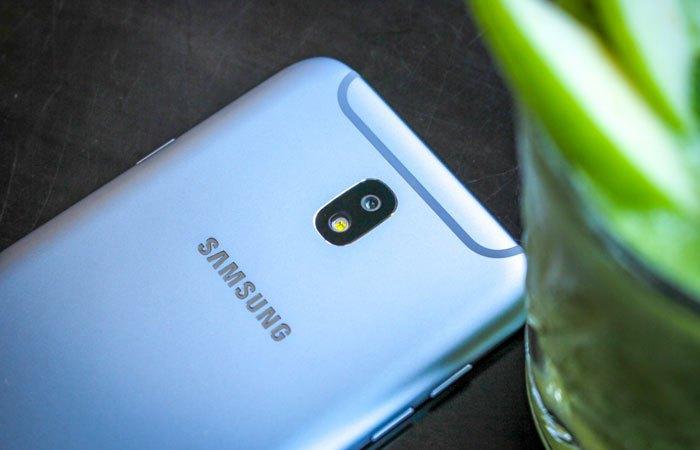 Điện thoại Galaxy J7 Pro mang vẻ ngoài sang trọng, bắt mắt