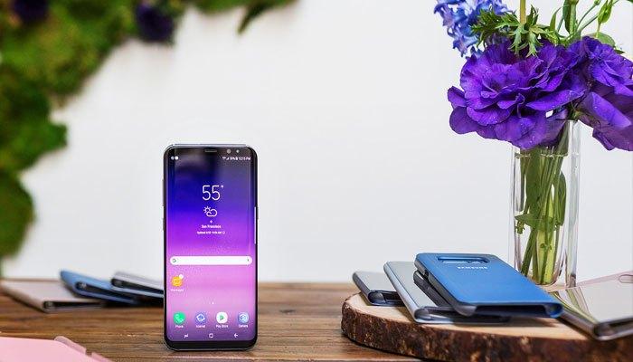 Điện thoại Galaxy S8 với màn hình vô cực tuyệt đẹp