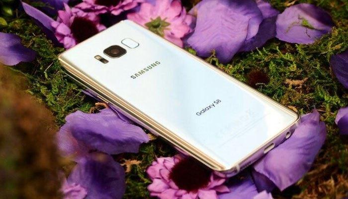 Điện thoại Samsung Galaxy S8 với camera đẳng cấp, bắt trọn mọi khoảnh khắc ngay cả môi trường thiếu sáng
