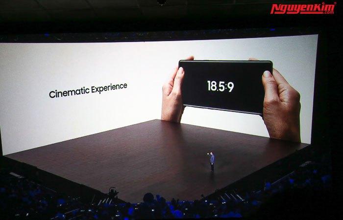 Màn hình điện thoại Galaxy Note 8 tỉ lệ 18.5:9