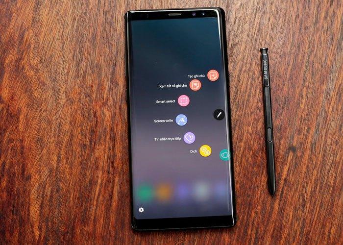 Bút S Pen trên Galaxy Note 8 không ngừng cải tiến, ngày càng hoàn thiện về cả ngoại hình và tính năng