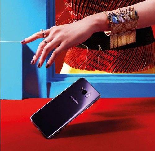 Điện thoại Galaxy S8 Plus Tím Khói mang đến sự đột phá trong thiết kế