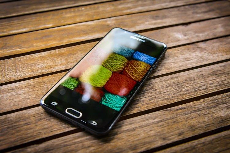 """Với cấu hình """"khủng"""", J7 Prime hoàn toàn xứng đáng với tên gọi """"kẻ hủy diệt"""" ở phân khúc smartphone tầm trung"""