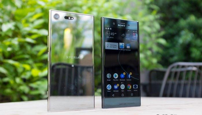 Điện thoại Sony Xperia XZ Premium hoàn thiện từ ngoài vào trong, hiện lên như một tác phẩm nghệ thuật