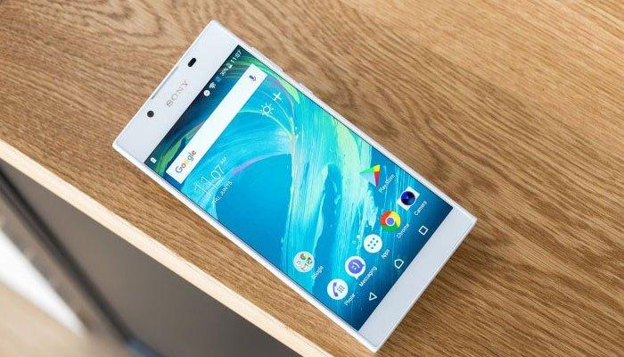Viền màn hình điện thoại Sony Xperia L1 mỏng tạo sự sang trọng cho người dùng