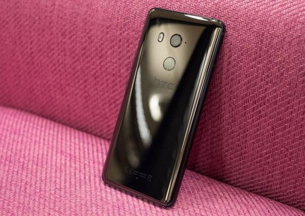 HTC U11 Plus có giá bán khởi điểm 799 Euro tại châu Âu